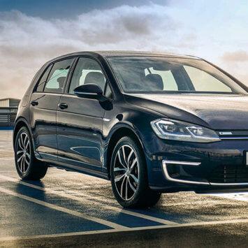 Nadchodzące zmiany w oznaczeniu samochodów elektrycznych w Polsce
